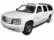 2004 CADILLAC ESCALADE ESV PEARL WHITE 1/32 DIECAST BY SIGNATURE MODELS 32343