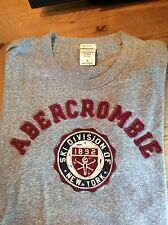 Mens Abercrombine and Fitch Applique Graphic Tee Size SMALL