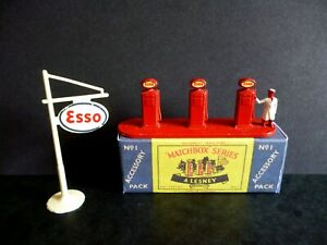 Vintage Matchbox Lesney Accessory Pack No 1 Esso Petrol Pump & Sign with Box