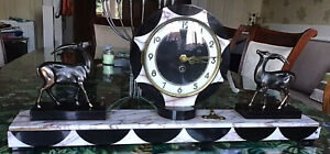 LARGE ART DECO MARBLE CLOCK. WITH KEY AND WORKING. FRENCH. 1920s 1930s.