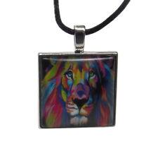 Collier Pendentif lion coloré Style Toile de Peinture.