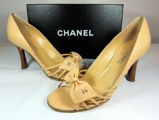 "A Vintage Chanel open toe bow embellishment Beige sandal, 3.5"", size IT 40."