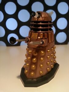 """Doctor Who Gold Dalek & Plunger Series 7Rare 1st Release Edition 3.75"""" Figure"""