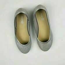 Smart Fit Silver Metallic Detail Chelsea Slip On Flats Girl's Size 1