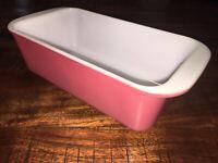 Vintage No. 213 1.5 Qt Pyrex Pink Flamingo White Milk Glass Bread Loaf Pan Dish