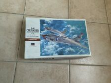 """Maquette 1/48 Avion Militaire F-8E """"Crusader"""" Hasegawa"""