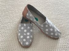 New Women's Toms Classic Gray Polka Dots Espadrille Flat Shoes, Size 7.5