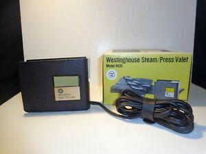 Vintage Westinghouse Steam/Press Valet Iron Model HQ10 Unused Original Box