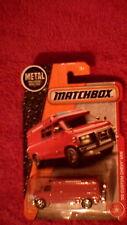 Matchbox (Etats-Unis Carte) - 2017 - #87'95 Custom CHEVY Van-Rouge-Pneu sur portes arrière
