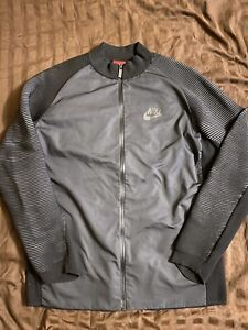 Nike Tech Knit Authentic Jacket For Trainning Dark Grey Size Medium