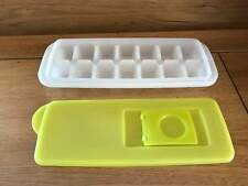 TUPPERWARE  FRESH AND PURE  PARROT GREEN  ICE CUBE TRAY