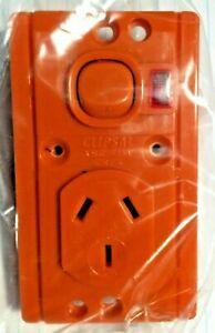 CLIPSAL 10A 15 Series Metal Plate Vertical Burnt Orange Socket (Pack of 10)