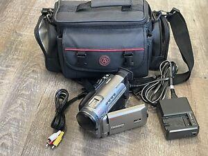 Panasonic PV-DV400D Digital Palmcorder with Case/Bag, Charger, RCA A/V & Batte