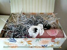 Luxury Gift Set For Her Mum Sister Granny Aunt  Birthday Present/Hug in a Box