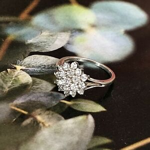 Vintage (Sz O) 925 Sterling Silver CZ Cubic Zirconia Cluster Cocktail Ring