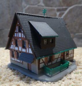 Kibri  aus 6822   (Spur Z)   Fachwerkhaus Nr. 2 - fertig gebaut