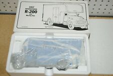 1/34 First Gear 1957 International R-200 w/Moving Van - Moyer & Sons #19-1515