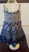 GIRLS - NAVY BLUE/WHITE PATTERNED STRAPPY TOP - AGE - 6/7 YEARS
