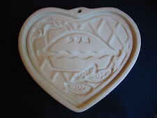 PAMPERED CHEF Welcome Home Heart COOKIE MOLD & Booklet Vtg 1998