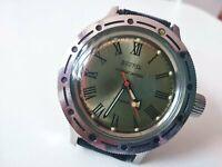 VOSTOK AMPHIBIA ANTIMAGNETIC Stainless Steel NAVY USSR Wristwatch Roman Numerals