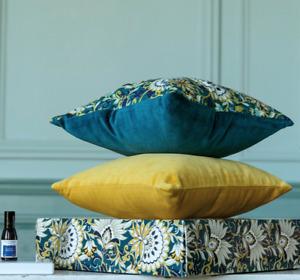 NEW L'OCCITANE Cyrillus Cushion Pad & 2 x Covers + 15ml Pillow Mist Gift Set