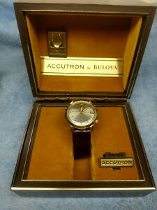 Vintage Bulova 218 Accutron In The Box With Papers running