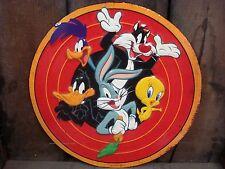 NEW METAL LOONEY TUNES WARNER CARTOON DISPLAY daffy tweety character classic red