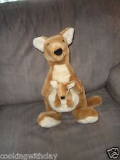 VINTAGE DAKIN PLUSH DOLL FIGURE REALISTIC NATURE MOMMY & ROO  MATHILDA & BABY