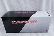 First Gear 1:34 10-3995 Scale Mack Granite Standard Mixer Red White & Blue