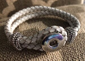 Jewel La La Snap Jewels White Faux Leather Braided Bracelet M L