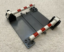 LEGO DUPLO TRAIN RAILROAD LEVEL CROSSING ROAD