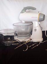 Sunbeam Mixmaster 2370 Stand Mixer Counter Handheld Glass Bowls Hooks Beater