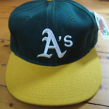 f3e636e1eaa vintage NOS 1990s OAKLAND A s 7 5 8 fitted Baseball Hat NEW ERA