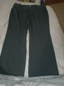 M&S Ladies trousers Size 20 Short to fit waist up to 40Rins. Inside legs 28ins