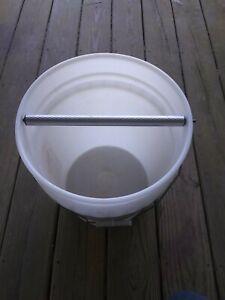 Rolling Log Mouse Trap Qty 1 Roller for Bucket Trap *Please Read Description*