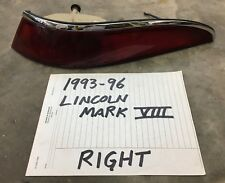 1993-1996 Lincoln Mark VIII Tail Light RIGHT 93 94 95 96 1993 1994 1995 1996