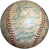 1960 Pittsburgh Pirates World Series Champs Signed Baseball Roberto Clemente PSA