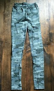 So Juniors Leggings-Pants-Size XS-Kohl's-Gray-Camouflage-Activewear-Casual-Camo