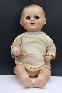 Alte schöne Puppe (01-030421)