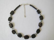 New Fashion Cute Necklace With Black Oval Beads And Imitation Pearls.