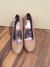 Gorgeous Beige Leather Calvin Klein Court Shoes Size 7