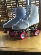 Chicago Roller Skates, Quad Skates, Women's size 8 White with Pink Nwt. Vinyl