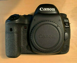 Canon EOS 5D Mark IV (WG) 30.4MP Digital SLR Camera - (Body + Accessories)
