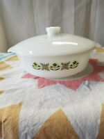 Vintage Anchor Hocking Fire King 1 1/2 Quart Covered Casserole Dish Meadow Green