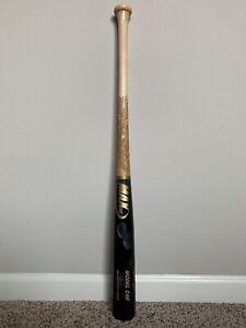 MAX BAT Maple Wood Baseball Bat - Model C4R - 32.5/29.5 - Gloss Finish