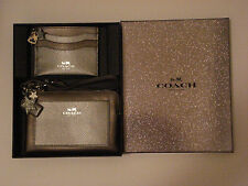 COACH CORNER ZIP WRISTLET AND FLAT CARD CASE W/CHARMS IN HOLIDAY BOX - 64649