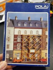 Pola House With Scaffolding 349 N Scale