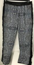 Lululemon  Black Elastic Waist Athletic Boot Cut Pants Size 8 with Pockets
