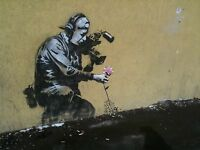 Banksy Camera  Man and Flower Ed.300 Firma Impresa Ed.numerado a lapiz Spain