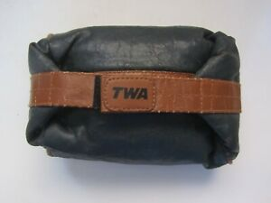 VINTAGE TWA AIRLINES TOILETRY ZIPPERED BAG